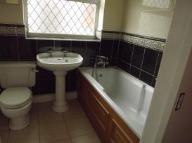CAMBRIDGE ST, A, 93 - BATHROOM